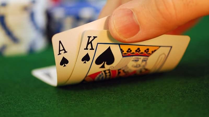 资金因涉赌被冻结、业绩大幅下滑 博雅互动还有未来吗?